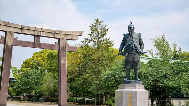 Toyokuni Shrine Toyotomi Hideyoshi statue