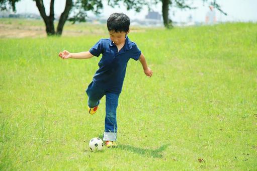 兒童足球2