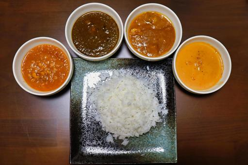 4 kinds of curry and Indian rice