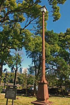 Hibiya Park · Arc light