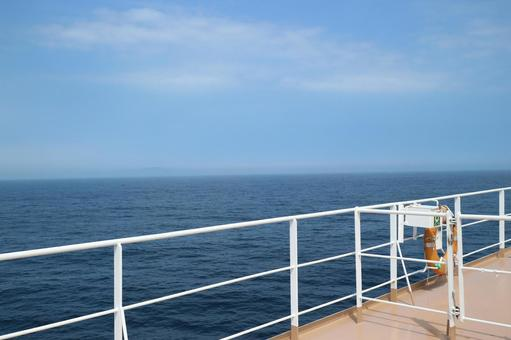 The sea seen from the ship