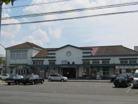 Ashikaga station building