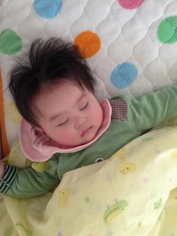 寶寶睡午覺