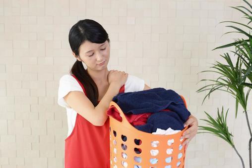 Woman complaining of shoulder pain