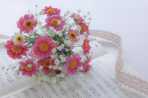 Small bouquet and sheet music