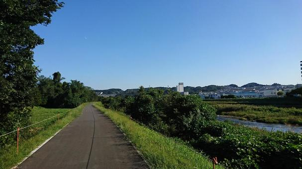 Asakawa riverbed trail