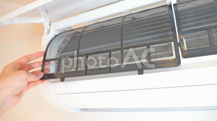 エアコン フィルター掃除の写真