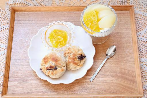청크 스콘의 아침 식사