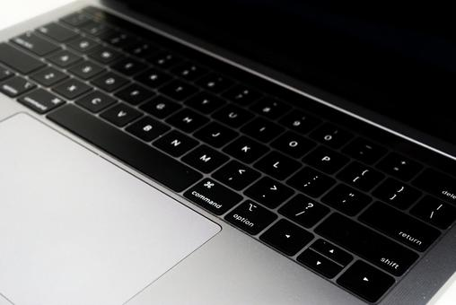 13 inch laptop alphabetic keyboard mac
