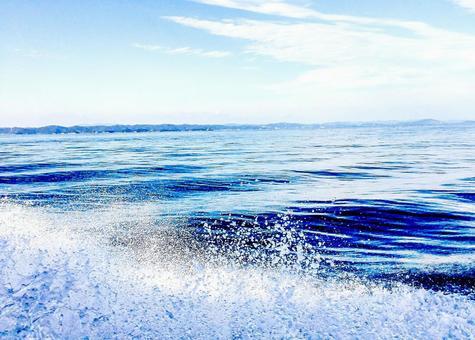 바다와 파도 비말 2