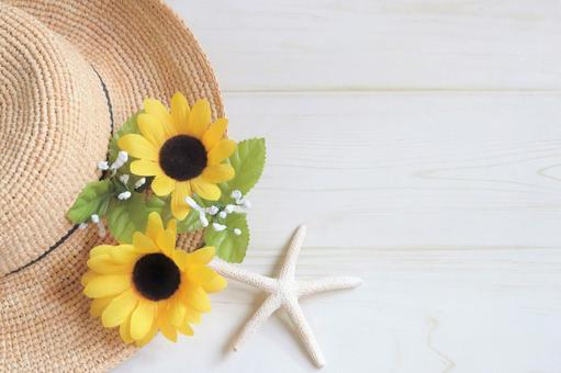 向日葵和草帽