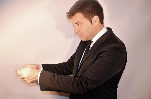 Foreign businessmen handing business cards