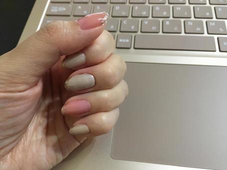 OL office nail