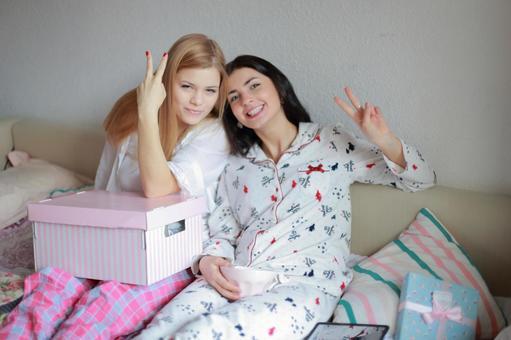 Pajamas Party 19