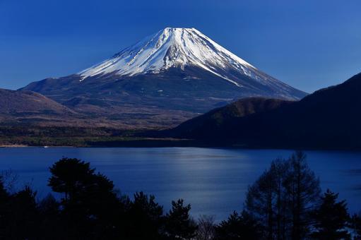 Beautiful Mt. Fuji_Lake Motosu