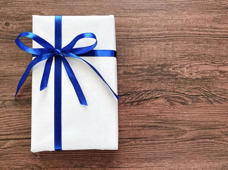 Present image Blue ribbon gift box