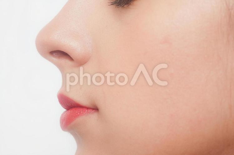 白人女性 顔パーツ口元25の写真