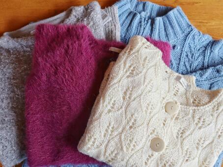 새 단장 스웨터와 카디건