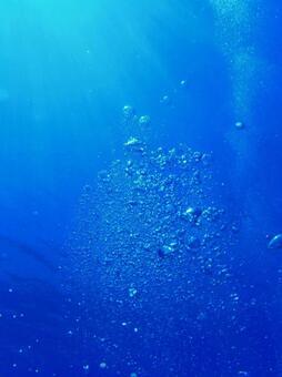 Diving bubbles