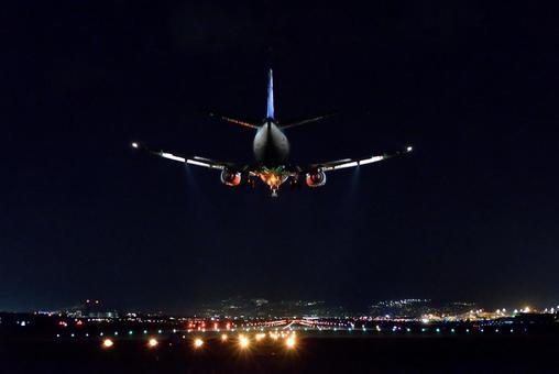 Night approach B 737
