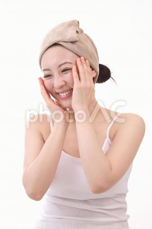 ヘアターバンの女性3の写真