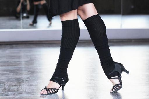 Female dancer's leg 3