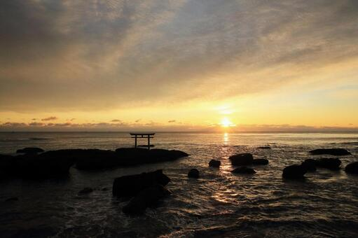Oarai Isozen Shrine Torii and sunrise