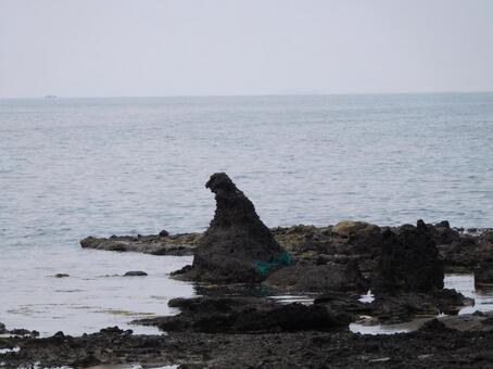 호쿠리쿠의 고질라 바위