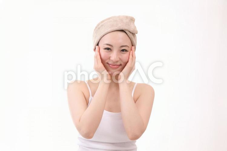 ヘアターバンの女性5の写真
