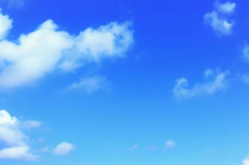 天藍色天空雲藍色白色生動