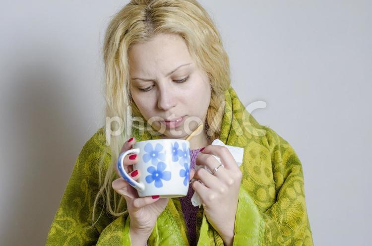 外国人女性飲食2の写真