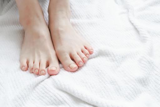 Women's legs