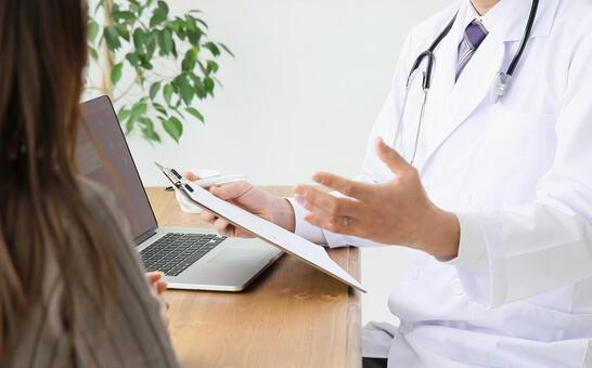 患者の写真素材|写真素材なら「写真AC」無料(フリー)ダウンロードOK