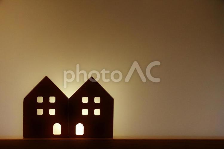 点亮灯的房子