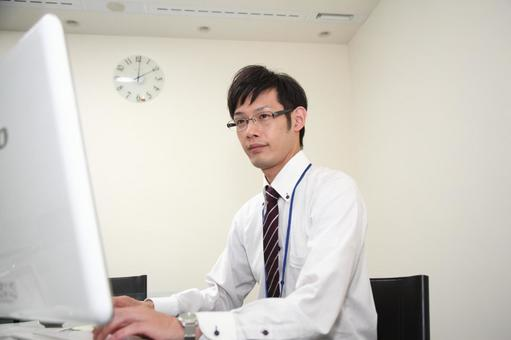 Businessman who uses a personal computer 4