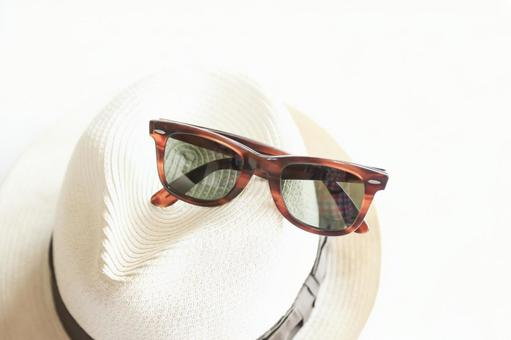 Summer hat and sunglasses