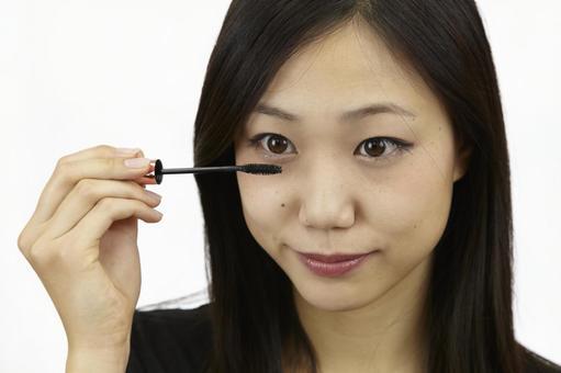 婦女粉刷睫毛膏10