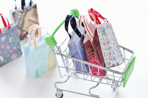 장바구니와 쇼핑 가방
