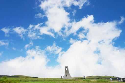 高原と青空