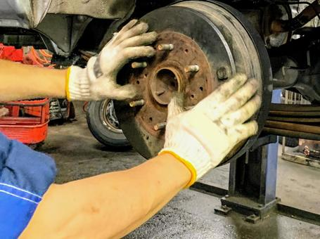 Young mechanic 3