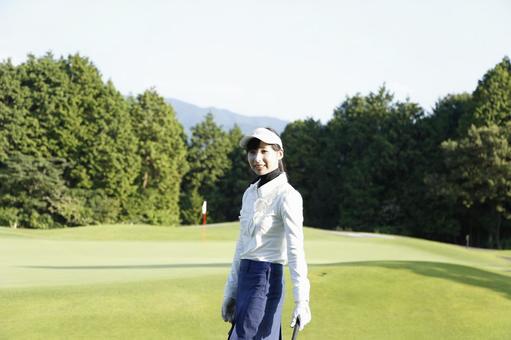 Female golfing 7