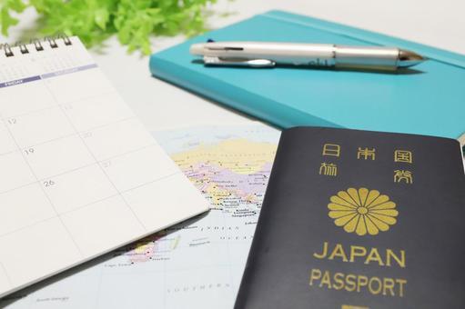 여권 및 여행 일정 이미지