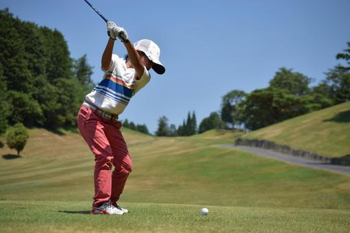 Golf girl back swing