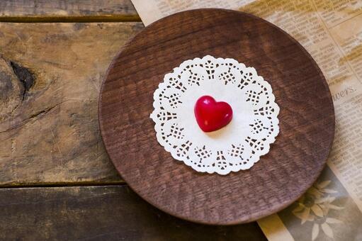Heart Valentine chocolate _ wooden plate