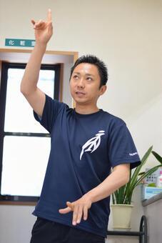 Sports trainer to give lecture