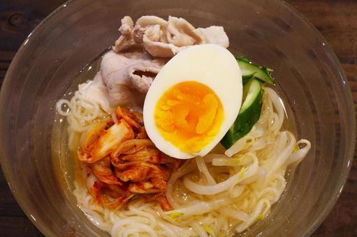 한국 냉면