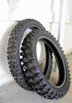 Motorcycle tires Waste tires for off-road use