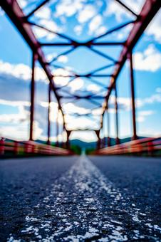 A straight road that extends far (No. 9) Search word / 1pondo Creator name / YUTO @ PHOTOGRAPHER