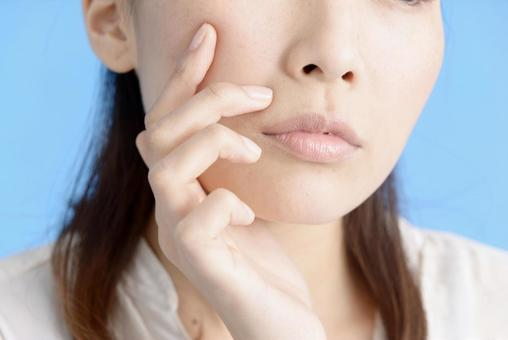 Women who care about acne 4