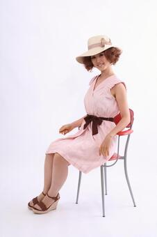 Sitting lady 1